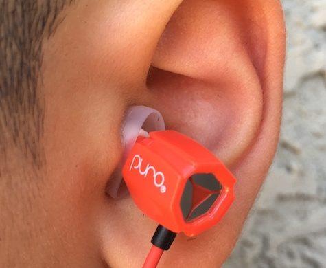 earbuds-in-ear